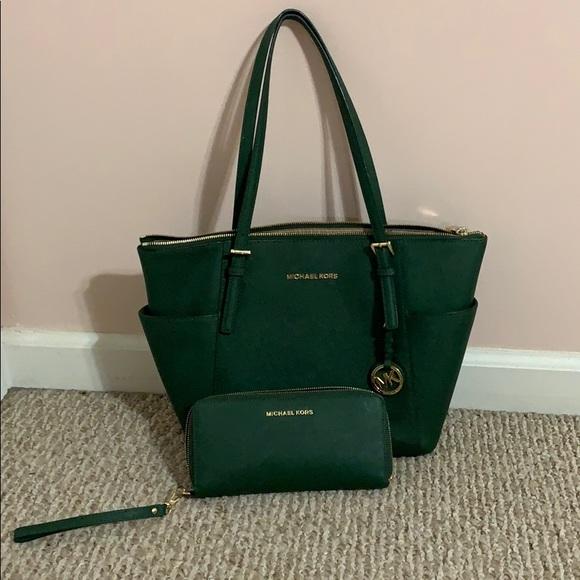 michael kors handbags green
